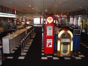 MaryAnn's Diner -- Diner Pictures