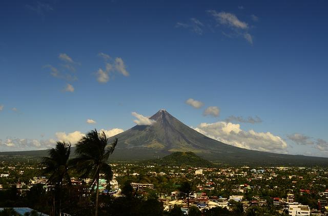 volcano-659640_640