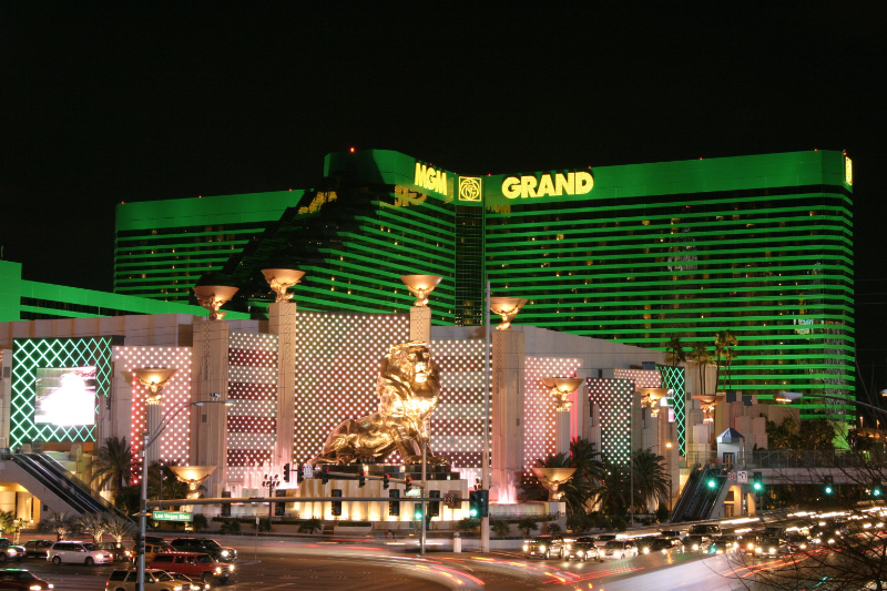 Photo credit: https://commons.wikimedia.org/wiki/File:LasVegas-MGMgrand.jpg#filelinks